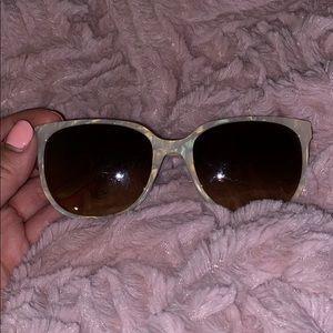 Tort burch sunglasses